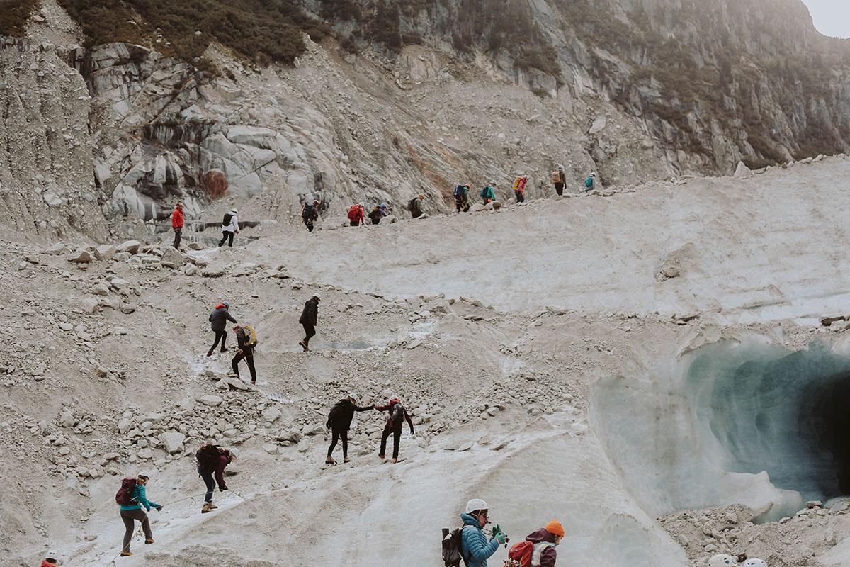 equipe nettoyage mer de glace